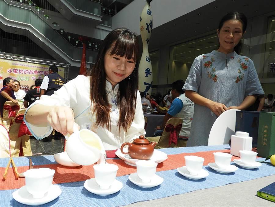 和平區公所將於8月10日舉辦梨山茶品茗茶會,邀請民眾喝好茶及進行封茶儀式。(陳世宗攝)