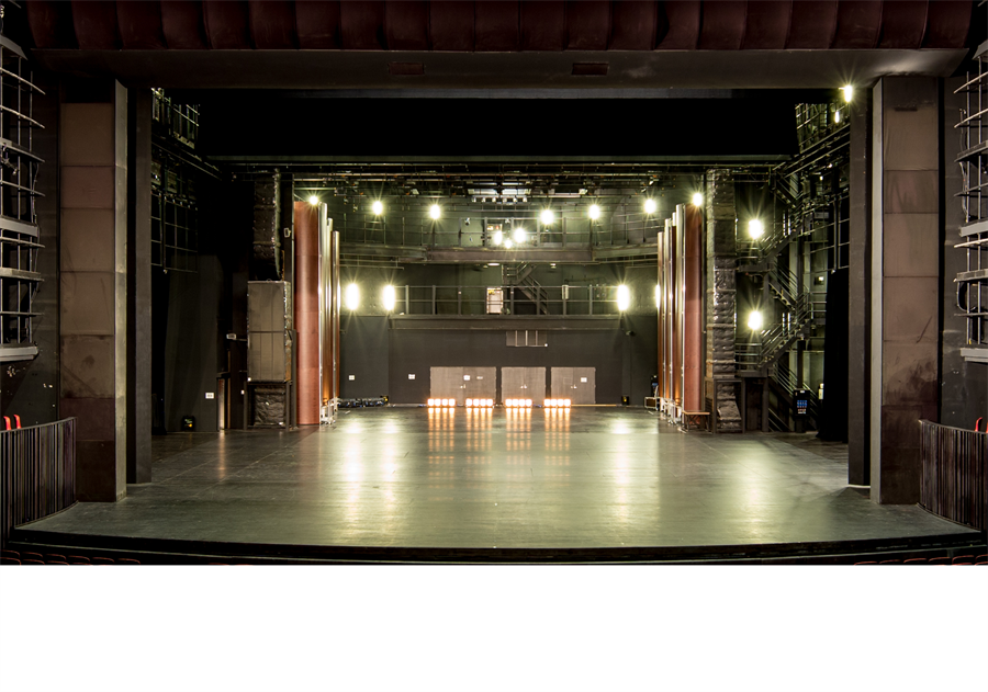 台中國家歌劇院首度開放劇場工作區,將限時讓民眾體驗「一日劇場人」。(台中國家歌劇院提供)