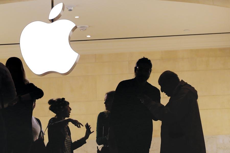 大摩將蘋果目標價,上調至247美元,投資評等維持「加碼」。圖/美聯社