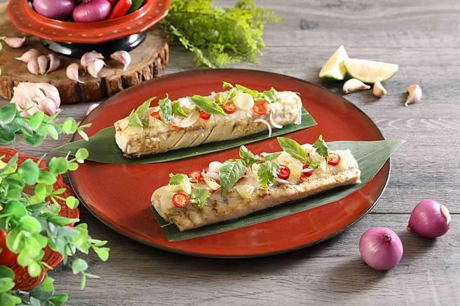 亞洲香料蒸烤鱸魚配鮮檸汁。(圖取Mega 50官網)
