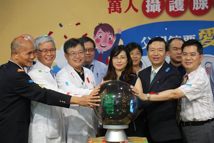童綜合醫院聯合中部超過50家醫院及診所,發起萬人免費篩檢8月起跑。(王文吉攝)