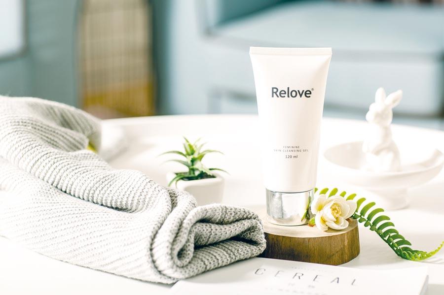 Relove深受女性喜愛的私密肌傳明酸美白潔淨精華凝露。圖/捷醫國際提供