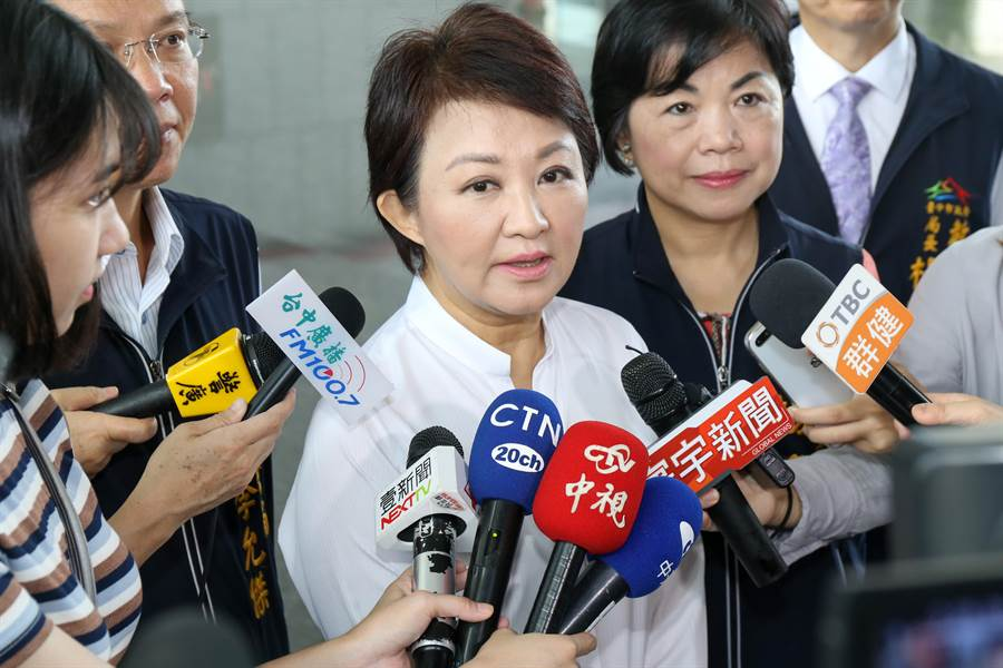 台中市長盧秀燕26日表示,將會出席全代會力挺高雄市長韓國瑜代表國民黨參選總統。(盧金足攝)