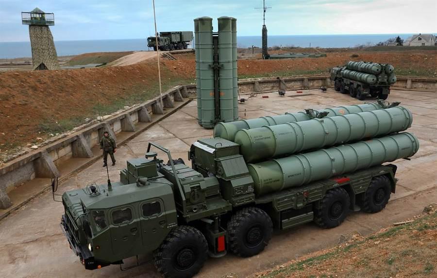 第二個團的俄羅斯S-400防空導彈系統已開始交運給中國大陸。(圖/塔斯社)