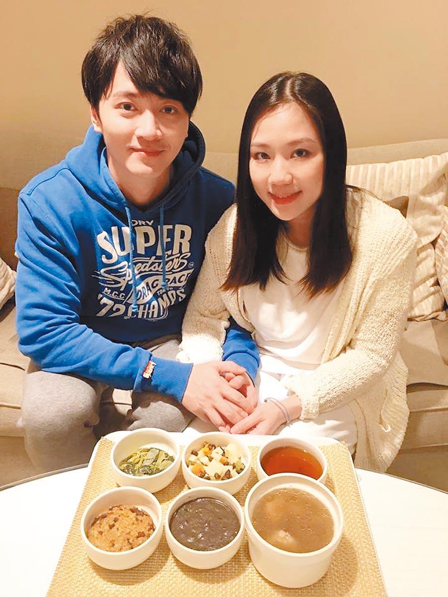 馬俊麟(左)的妻子梁敏婷正鬧離婚,婚姻現危機。(取材自臉書)
