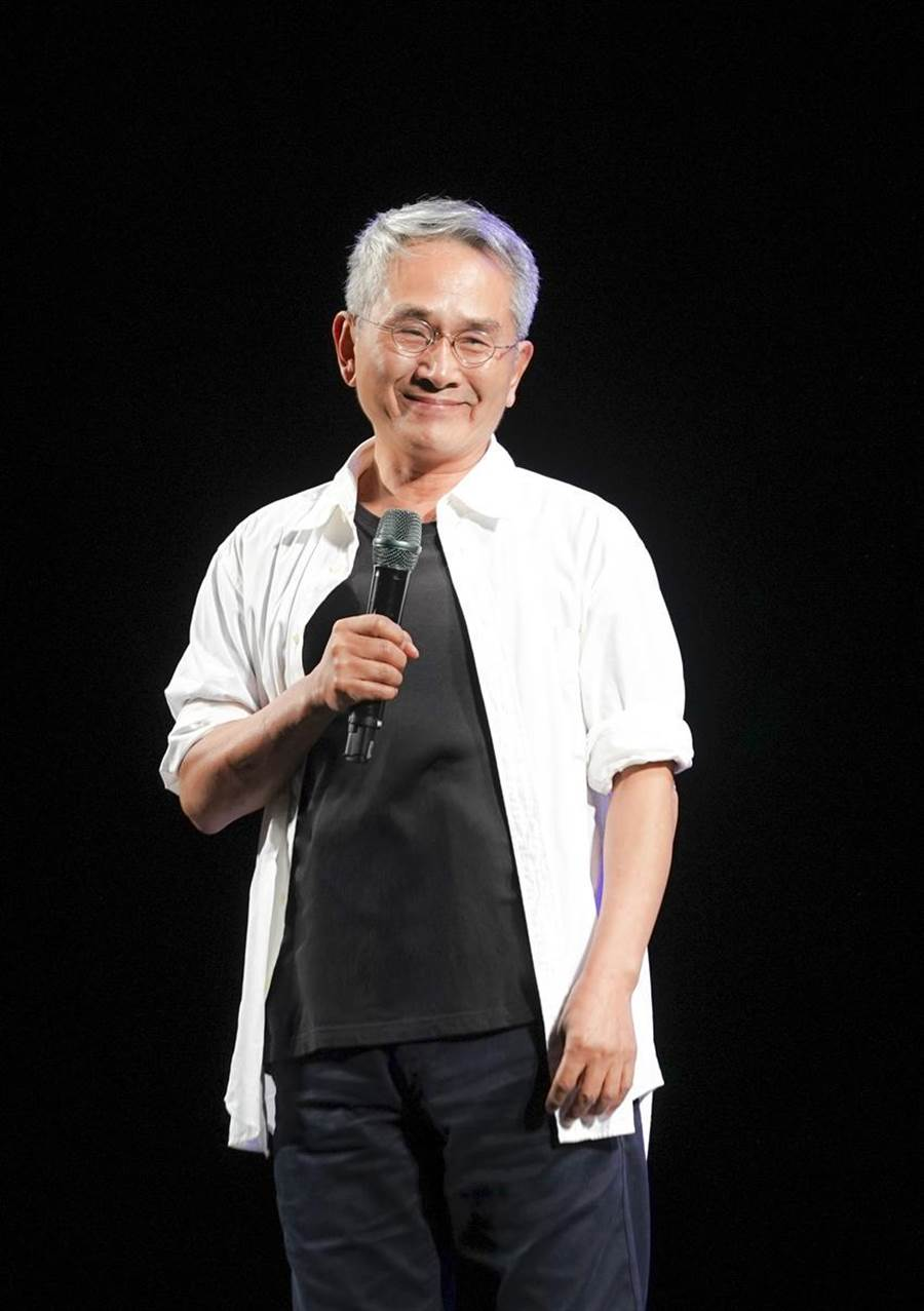 雲門舞集戶外公演27日晚上在台北兩廳院藝文廣場演出「林懷民舞作精選。(圖/劉振祥)