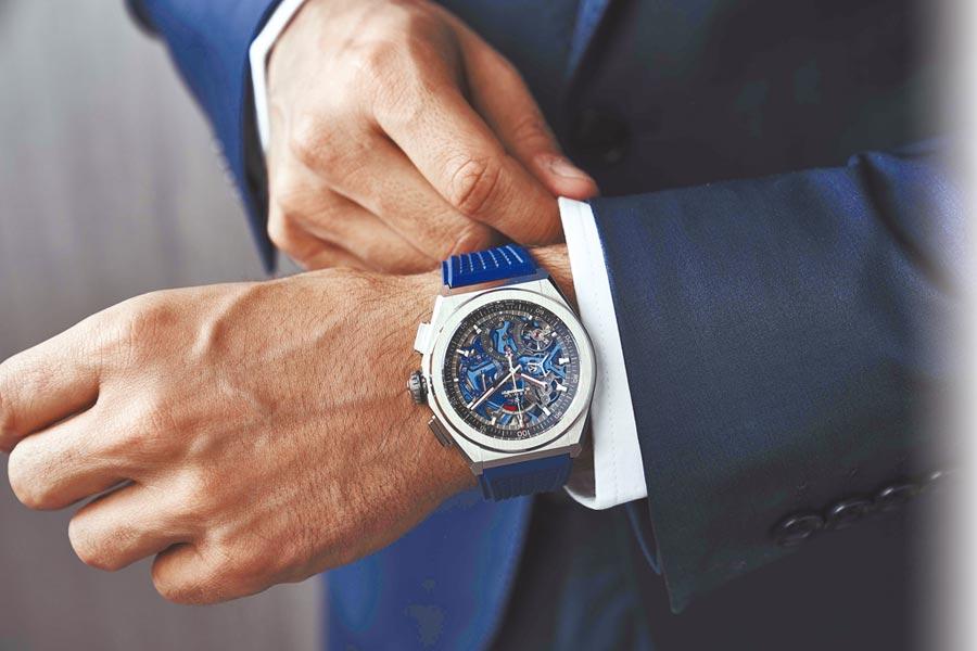 真力時風格優雅又時尚的DEFY El Primero 21湛藍腕表,深受表迷的喜愛。(ZENITH提供)