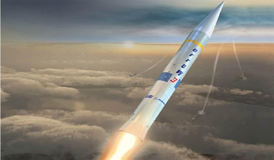 以色列箭式3型攔截飛彈,可攔截高層大氣層的目標,也具有反衛星能力。(圖/波音公司)