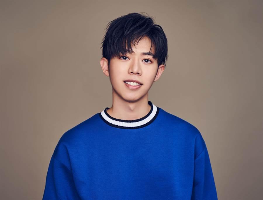 創作新人黃韋綸發行首張創作EP《你還想他》。圖/黃韋綸提供