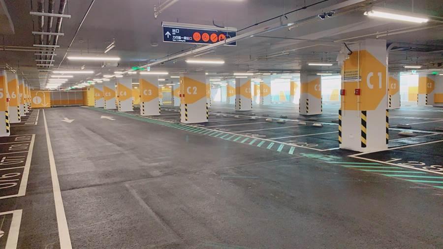 全台首座前瞻計畫補助的三重商工地下停車場30日啟用。(葉德正翻攝)