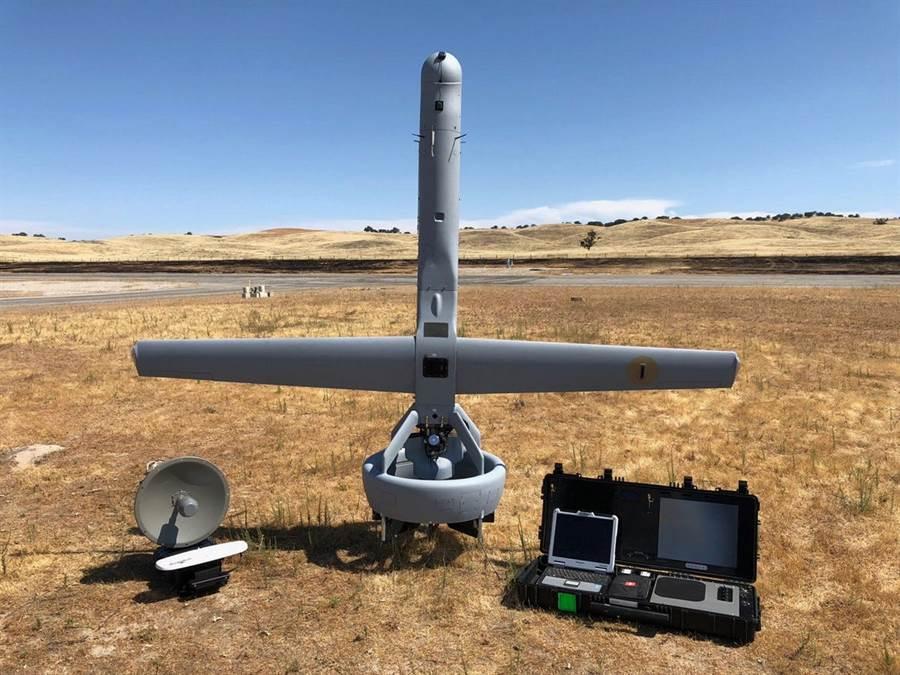 V蝙蝠尾部的導管風扇做的特別堅固,既是動力系統也是降落系統。(圖/Martin UAV)