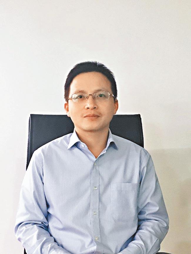 王小軍認為,投資者要學會關注產品風險等級、投資標的範圍。