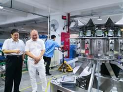 楊文科參訪海川智能機器公司 盼到竹縣投資