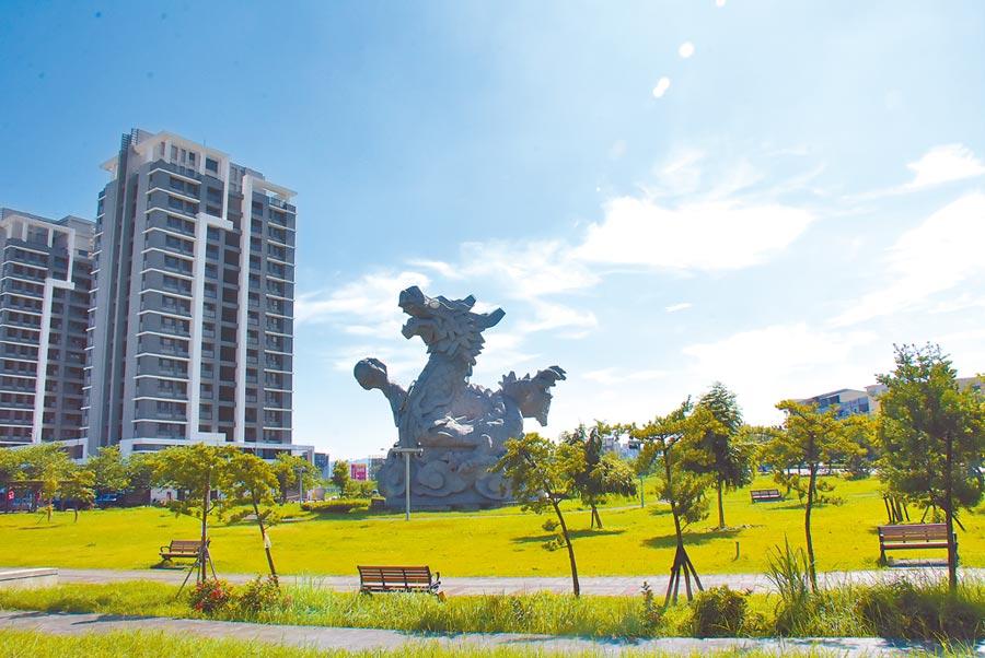 員林市地標龍燈公園,將變身為南彰化第二座滯洪池公園。(謝瓊雲攝)