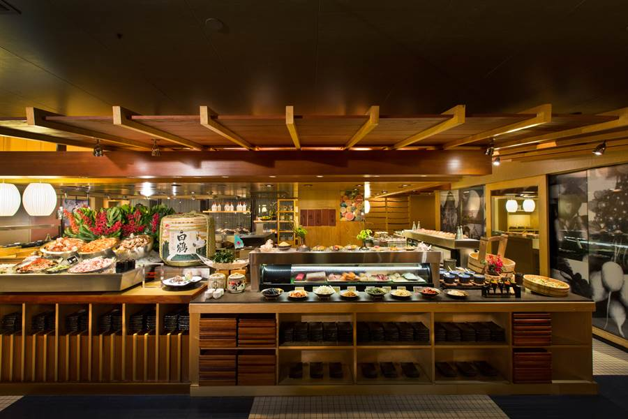 彩日本料理具有濃厚東洋料亭色彩,提供豐富道地的日本料理。〈君悅酒店提供〉