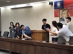 柯批韓參選是社會不幸現象 轟民進黨沒價值的政黨