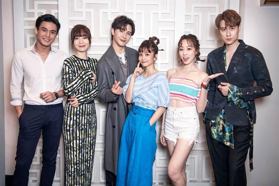 《男神时代》主演群,左起:安俊朋、阳靓、谢佳见、叶星辰、夏语心、刘书宏。