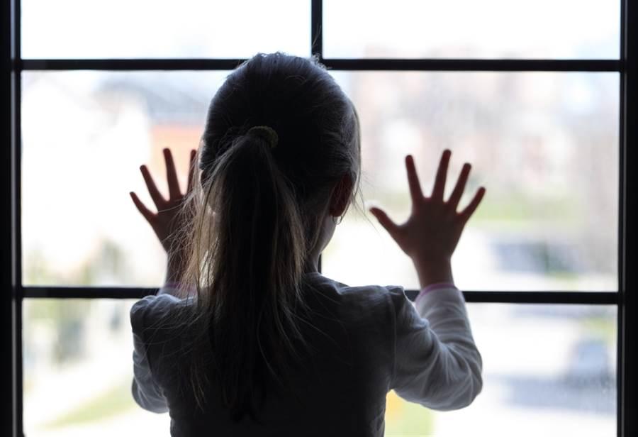 找回失蹤女卻頻傳怪事 父母嚇到棄養(示意圖/達志影像)