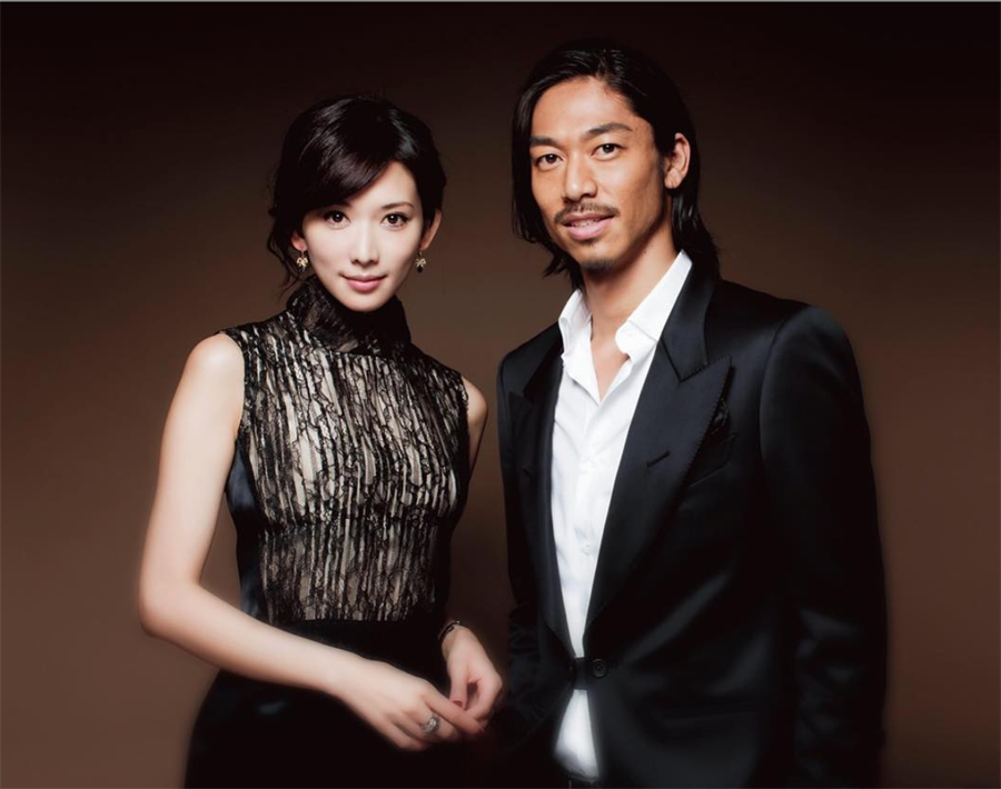 林志玲與先生AKIRA。(取自AKIRA微博)