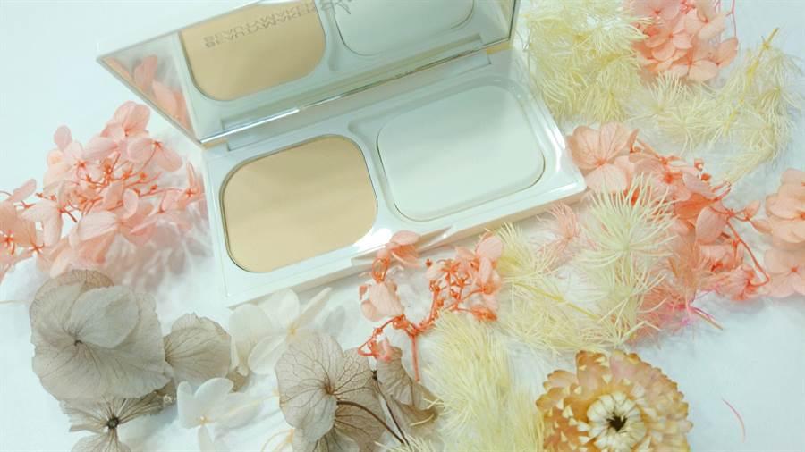 超強防水抗汗力,今年推出共四色,白皙、粉膚、自然、健康。(圖/錢亮妤攝)
