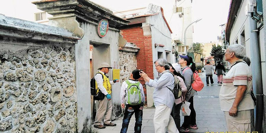 2017年3月24日,台南的巷弄文化旅遊,處處充滿驚奇,頗受國外自由行旅客喜愛。(本報系資料照片)