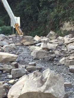 鹿湖農路又崩塌 南庄鄉公所下周一進場搶通