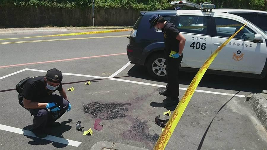 外木山海邊驚傳砍人,警方獲報封鎖現場調查揪兇。(許家寧翻攝)