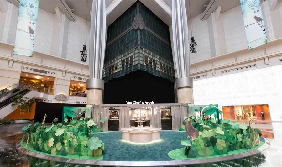 梵克雅寶即起至8月底在台北101的4樓打造一座「Alhambra幸運花園」。(Chris Tzou提供)