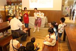 來台30年新住民 泰國繪本故事逗樂親子