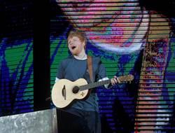 紅髮艾德Divide世界巡演 打敗U2八年紀錄票房世界第一