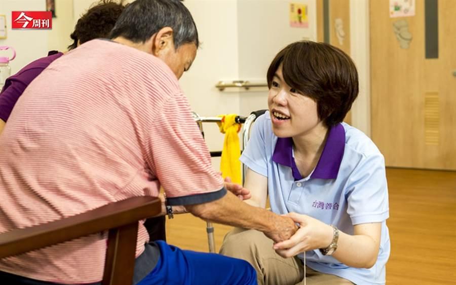 不是只有拉麵、壽司!日本用26年長照經驗 來台搶「銀髮財」
