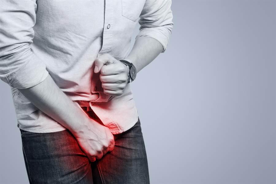 研究顯示,每天吃60克的堅果,可改善性功能、增強性慾。(圖/達志影像)