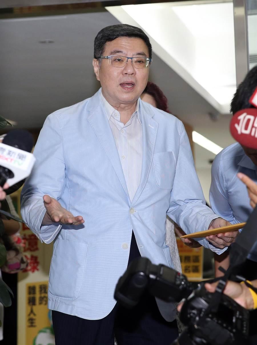 民進黨主席卓榮泰表示這周末就讓各政黨解決自家的紛爭,下星期再展開政黨之間的協調工作。(姚志平攝)