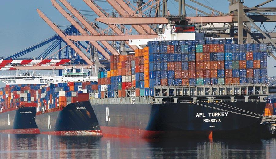 中美貿易大戰延燒,貿易赤字近幾個月變動極大。圖/美聯社