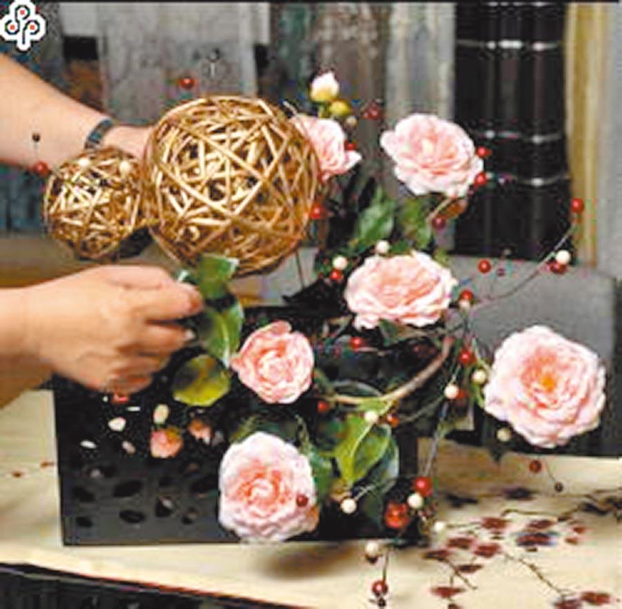 招桃花祕訣公開,選對方位放上粉色花有效。(本報資料照片)