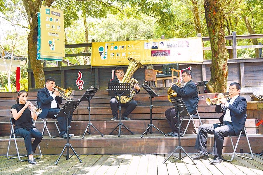 新竹縣政府已連續18年舉辦「鄧雨賢紀念音樂會系列活動」。(新竹縣政府提供)