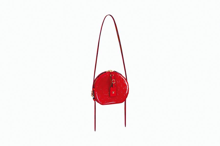 LV Monogram Vernis Boite Chapeau Souple手袋,9萬3000元。(LV提供)