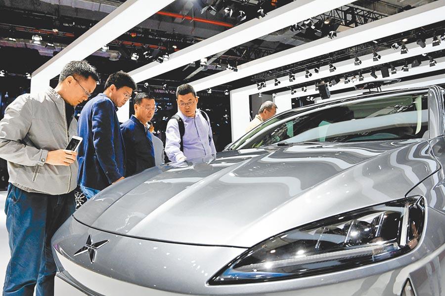 上半年長三角地區的汽車銷售額增長迅速,尤其是新能源車勢頭旺。(新華社)