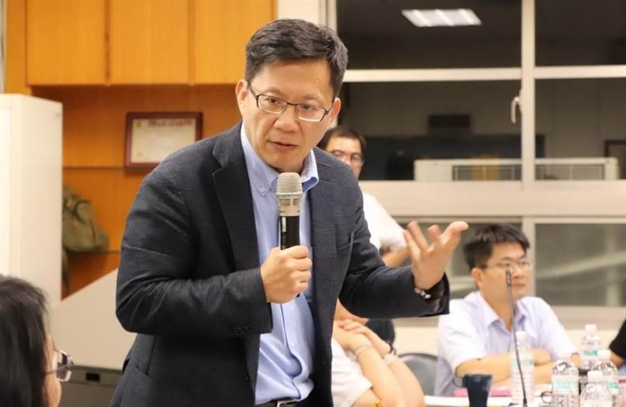 現任立委張廖萬堅拚連任,力保民進黨在第四選區的席次。(盧金足攝)