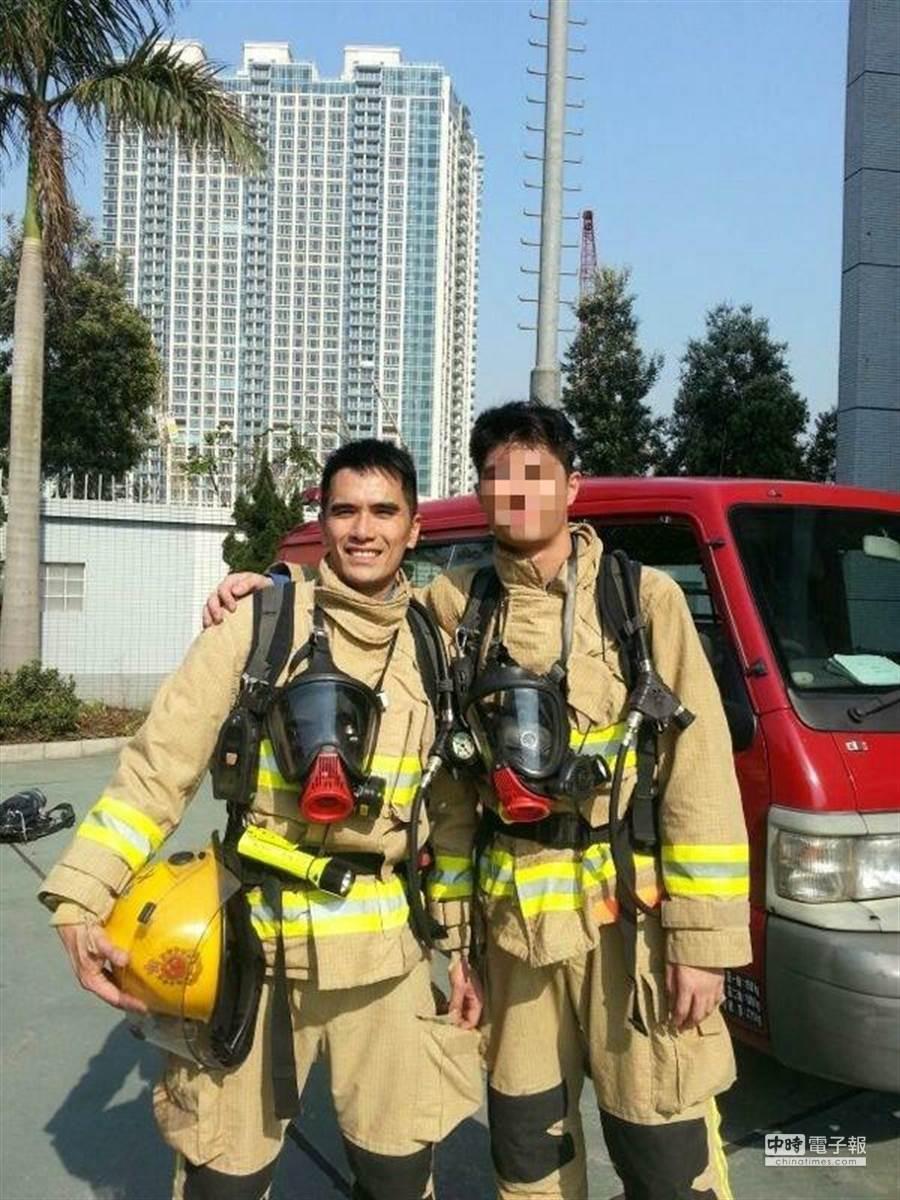 現在職業則是消防員,並已結婚有兩個小孩,幸福美滿。(資料照/何健威本人授權提供)