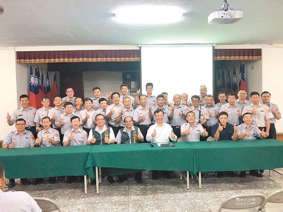 詐騙集團的手法層出不窮,台中市警三分局,透過全民防詐騙宣導,強化防範詐騙意識」,邀民防人員共227人加入「打詐戰局」。(張妍溱翻攝)