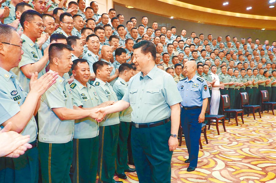 7月15日至16日,中共中央總書記、國家主席、中央軍委主席習近平在內蒙古考察並指導開展「不忘初心、牢記使命」主題教育。(新華社)