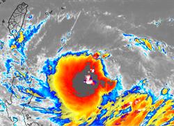 「利奇馬」密集閃電爆發  彭啟明驚:颱風很有料