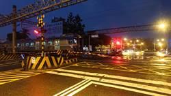 台鐵電車線斷裂 永康至台南雙線不通