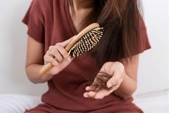 梳子卡頭髮怎麼清?網曝超懶人法