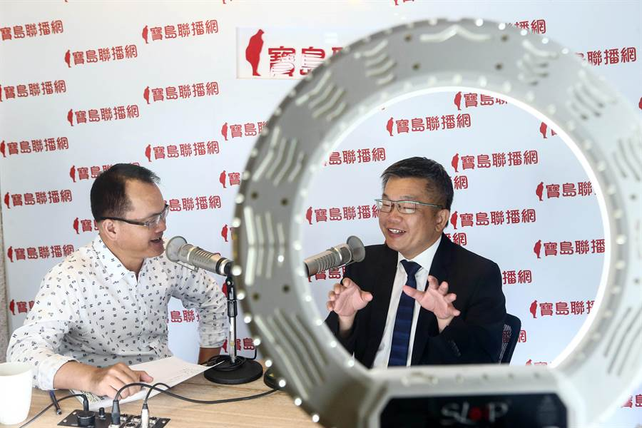 立法院副院長蔡其昌今接受廣播節目預錄專訪,談及他對台灣民眾黨搶佔不分區席次的看法。(鄧博仁攝)