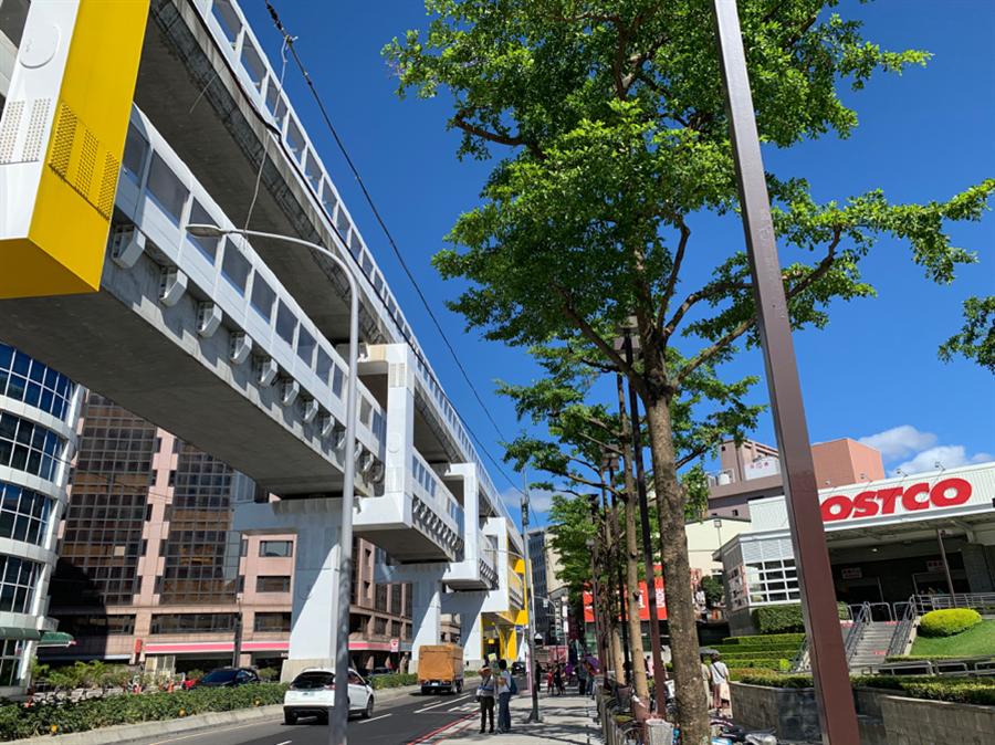 2019年底環狀線即將通車,加上車行約5分鐘可到鄰近大賣場,生活便利。