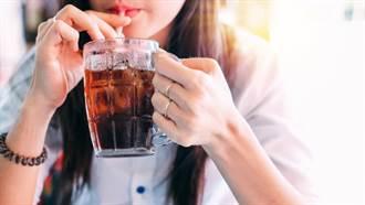 這15項飲食習慣會早死!醫師曝:喝它最容易超標
