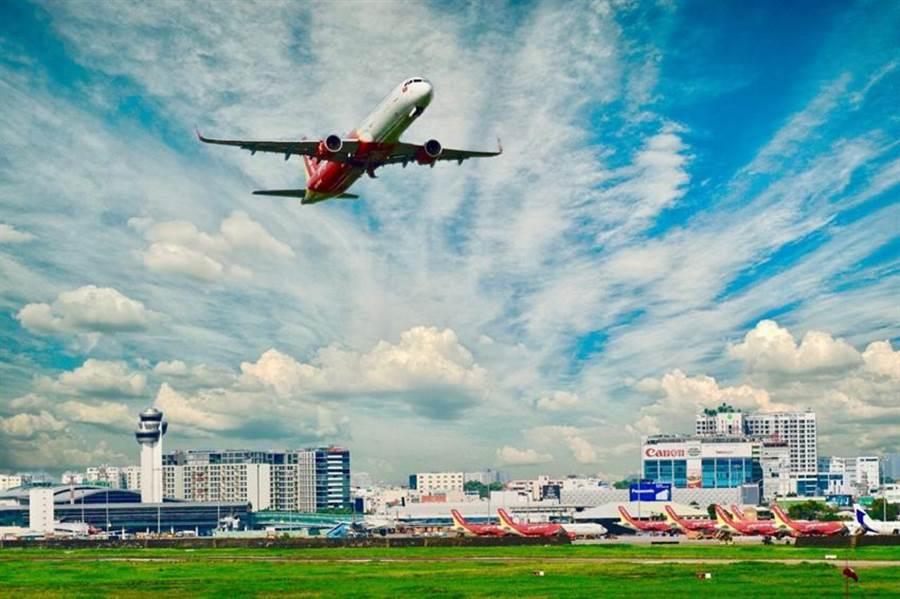 越捷航空今年上半年航空運輸收入年增22%。圖/業者提供