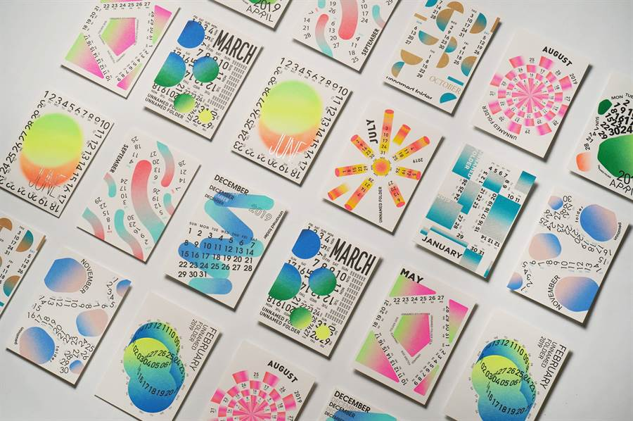 台科大設計系團隊設計月曆與書籤組,以特殊的印刷技術創作繽紛色彩,呼應一年四季氛圍的變換。(台科大提供)